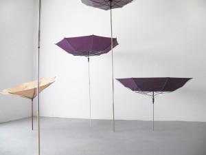 NL FEBBRAIO15_ALICE RONCHI_Alice, 2012 ombrelli, tubi in acciaio, dimensioni variabili_umbrellas, steel tubes, dimensions variable
